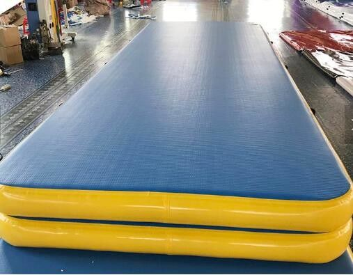 China 0.9mm Thickness Gymnastics Air Mat , Inflatable Air Track For Physical Training supplier