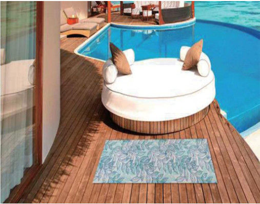 China Wear Resistance Swimming Pool Floor Mats , Clear Non Slip Mat For Natatorium supplier