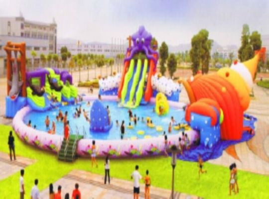 China Non Toxic Stable Tarpaulin Inflatable Water Amusement Park Giant Water Slide Pool factory